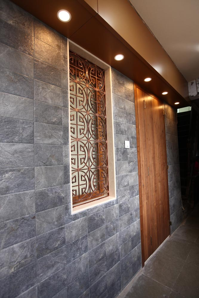 entry1 plus one interior desigers mumbai